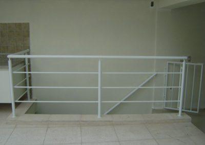corrimaos-para-escada-de-ferro